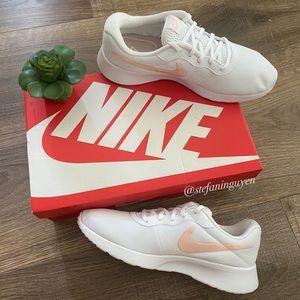NIB Nike White Coral Tanjun Sneaker